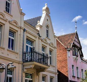 Immobilien & Grundstücke